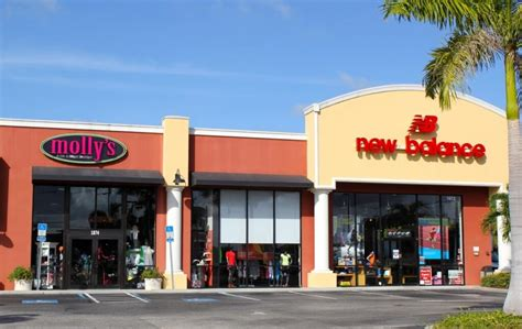 shoe stores sarasota gifts bags and more at molly s boutique must do visitor