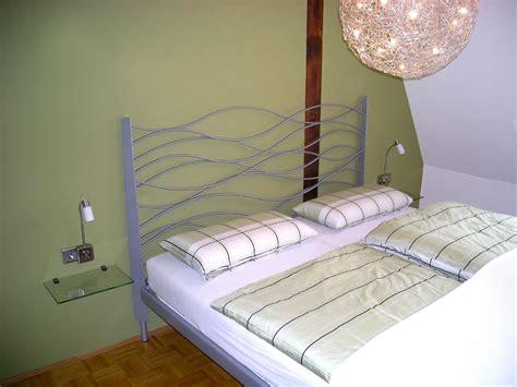 Schlafzimmer Ideen Wandgestaltung Dachschräge by Schlafzimmer Taubenblau