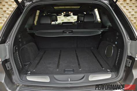 Jeep Grand Cargo Net 2014 Jeep Grand Limited Cargo Area