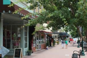 Downtown Tx Downtown Mckinney Shops A Guide To Get There Park And