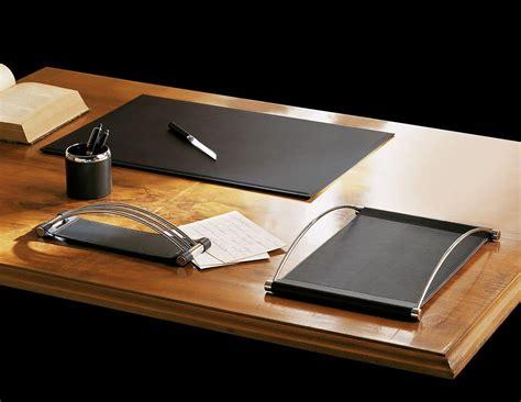 accessori da scrivania accessori scrivania in ecopelle con particolari in acciaio