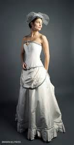steam style steunk wedding dress rostollan and hamman steunk