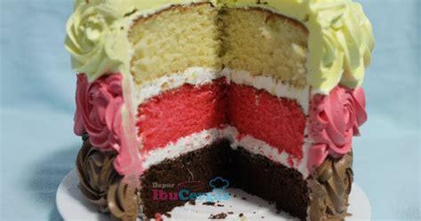 Cake Potong Jumbo Vanilla Buttercake neopolitan cake
