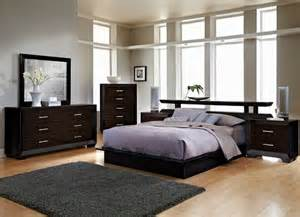 bedrooms picture frame moulding and furniture on