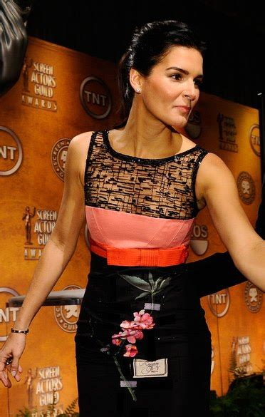 Herrera Kasia A hair trends fashionable in or out angie harmon in