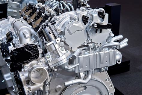 Skyactiv X by Mazda Demonstrates New Skyactiv X Engine Tech