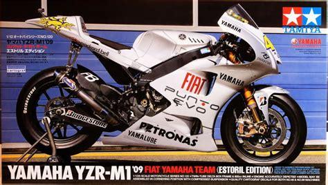 Jual Tamiya Kit Motogp by Tamiya 14120 1 12 Model Kit Fiat Yamaha Yzr M1 09 Estoril