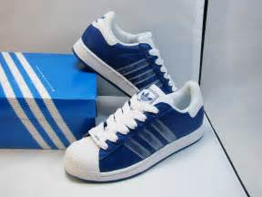 dadas shoes tuesday shoe day adidas jeracgallero