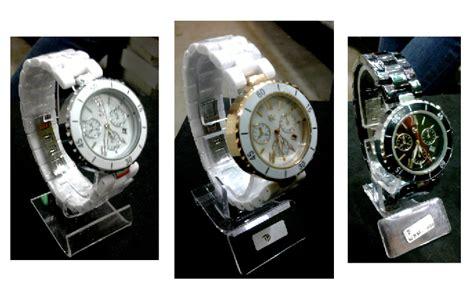 Jam Tangan Guc Ci Keramik jam tangan surabaya jam gucci semi keramik