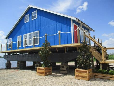 house movers in louisiana floating home gets a gorgeous makeover louisiana flip n move diynetwork com diy