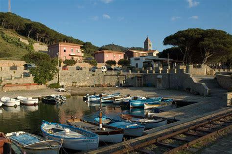 arbatax porto vacanze in sardegna e appartamenti porto turistico