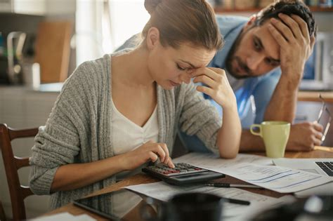 Dealing with Creditors When You Can't Pay the Bills