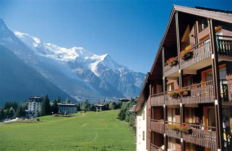 appart hotel chamonix chamonix mont blanc summer holidays france peak retreats