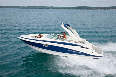 top 10 runabouts of 2016 bowriders that can t be beat - Crownline Boat Tops