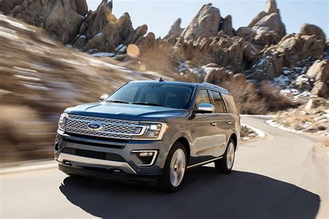 new ford expedition redesign 2018 ford unveils redesigned 2018 expedition suv trucks