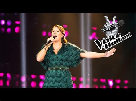 the voice keeps rolling right along salon com melissa janssen rolling in the deep the voice of