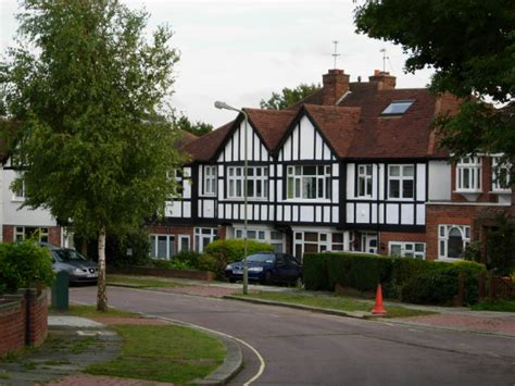 Finchley Gardens by File Abbots Gardens East Finchley Geograph Org Uk