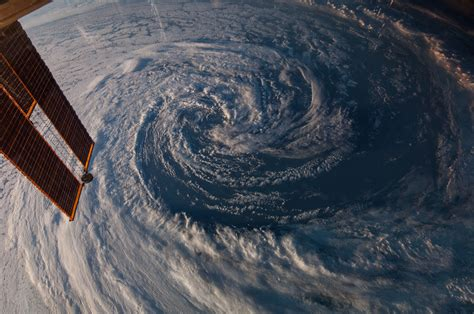 imagenes satelitales planet station view of storm off coast of australia nasa