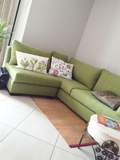 divano verde divano verde lime idee per il design della casa