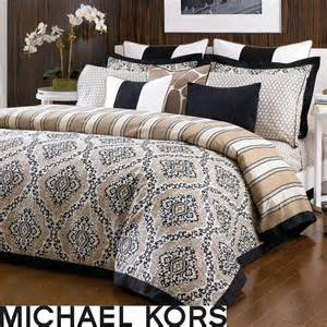 King Size Bed And Mattress Sets 1000 Ideas About King Size Bedding On