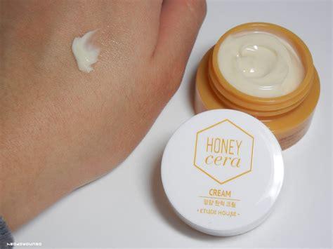 Honey Cera Moisture Trial Set review etude house honey cera toner emulsion and