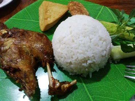 bebek goreng khas surabaya jakarta