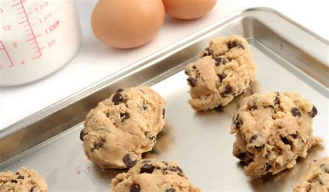 toll house chocolate chip cookie recipe nestle s toll house chocolate chip cookie recipe facts