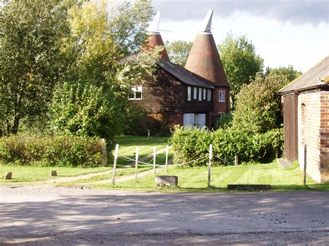 Country Barn Homes File Oast House In Tudeley Kent Jpg Wikimedia Commons