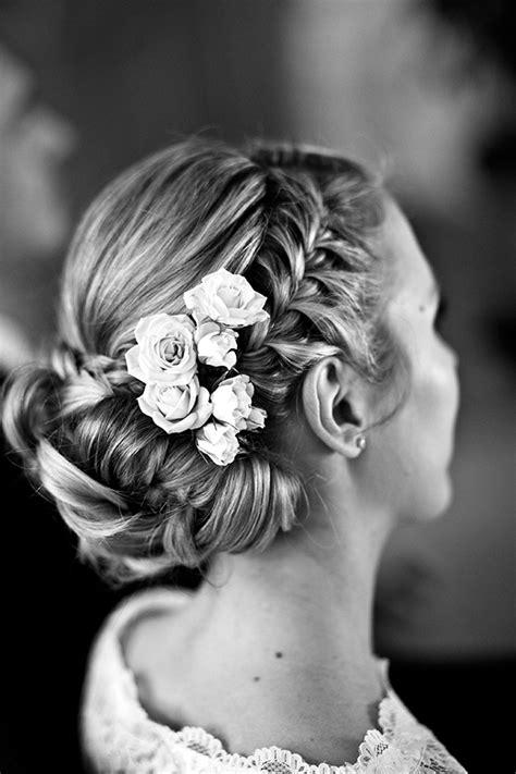 Hochzeitsfrisur Geflochten Blumen by Neue Flechtfrisuren Sommer 2015 Friedatheres