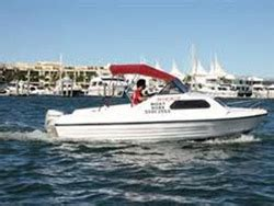 speed boat gold coast boat hire charter boats gold coast cruises hire jet skis