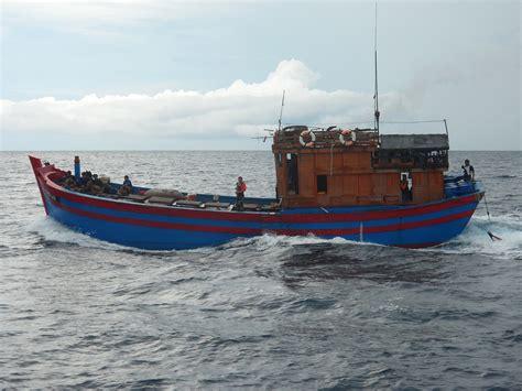 fishing boat crew names three vietnamese fishing boats with fake thai names seized