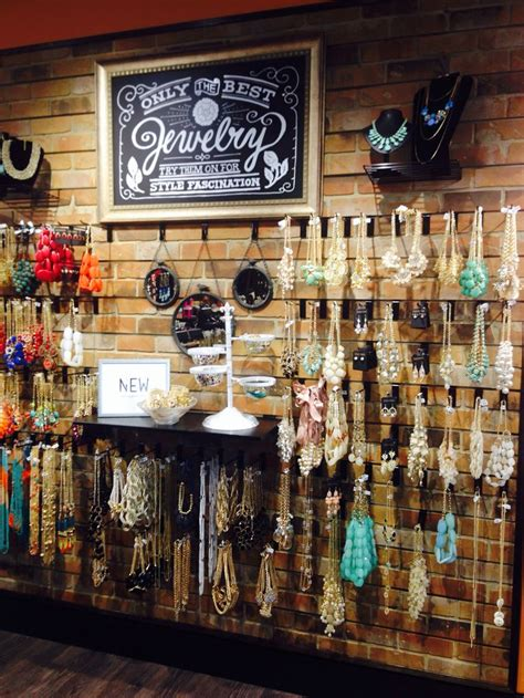 jewelry supply store 25 best ideas about retail store displays on