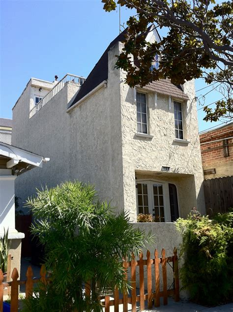 Ca House by Quot House Quot Ca 708 Gladys Avenue
