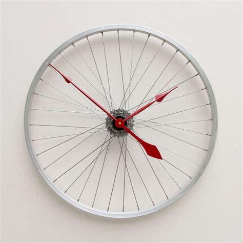 interesting clocks 20 unusual and creative diy clocks