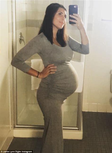 jamie lynn sigler instagram jamie lynn sigler celebrates baby shower on instagram