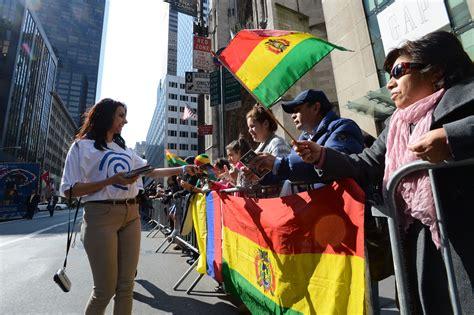 Parade Giveaway Items - time warner cable celebrates nyc s diversity with sponsorship of hispanic day parade