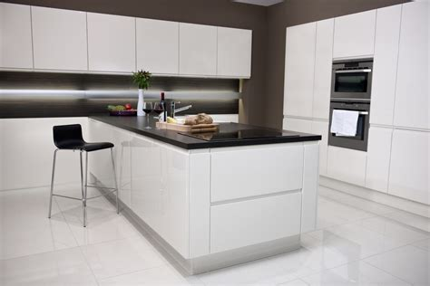 white kitchen kitchen sourcebook part 2 - White Kitchen Black Worktop