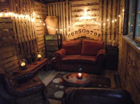 hobby  hang  house