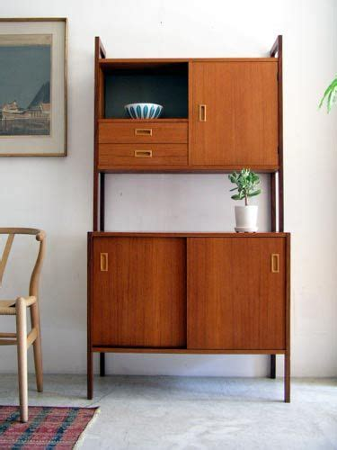 mid century cupboard best 25 mid century modern bookcase ideas on