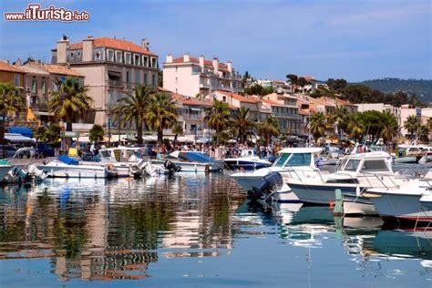porto della francia il porto di bandol francia situato nella regione