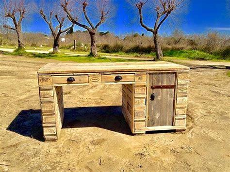 bureau vallee guerande bureau en palette bureau en bois de palette patin vieilli