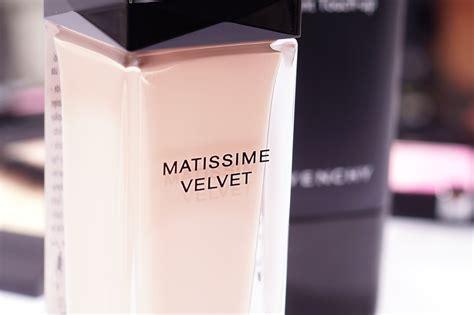 Mister Mat by Givenchy Mister Mat Matissime Velvet Fluid Mel Et Fel