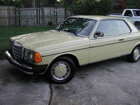 service manual how to replace 1977 mercedes benz w123 visor mercedes benz w 123 230e service manual how to work on cars 1977 mercedes benz w123 transmission control 1977