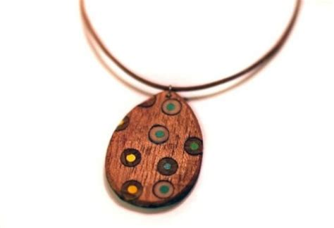 how to make wooden jewelry 23 tutorials to make eco friendly wood jewelry