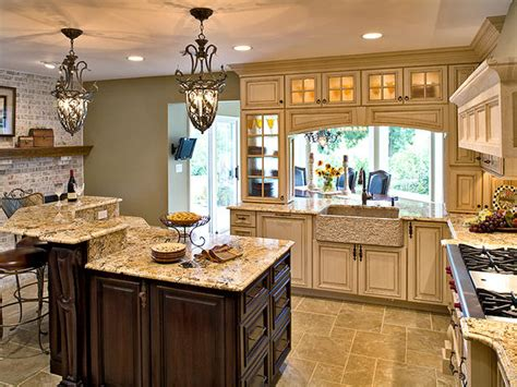 Tuscan Kitchen Island Lighting Fixtures New Kitchen Lighting Design Ideas 2012 From Hgtv Interior Design Ideas
