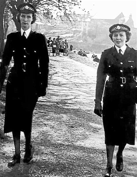 A century of women on the beat - DnG24