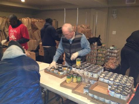 forest park feed the hungry at chicago church food