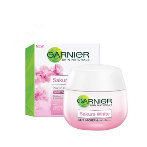 Garnier Serum Lightening review garnier white pinkish radiance smooth