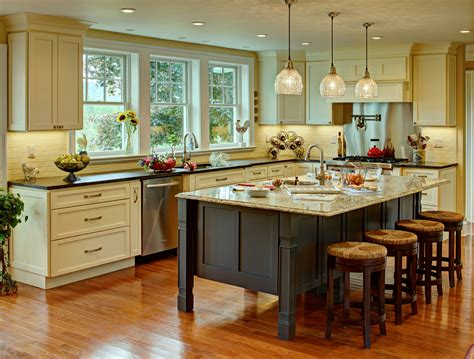 Farmhouse Kitchen Island Ideas Kitchen White Country Cottage Kitchen Cottage Kitchens Kitchen Designs Of Cottage Style