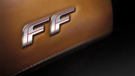 ff interni ff la v12 con 4 sedute e 4 ruote motrici